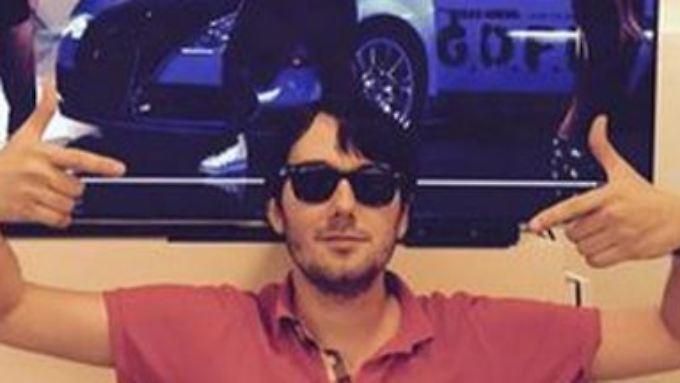 Der umstrittene Pharma-Chef Martin Shkreli ist wegen Verdachts auf Betrug verhaftet worden.
