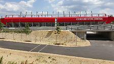 Da wäre zum Beispiel dieses schmucke Stadion, die Continental Arena. Die Sportstätte, die einem Zweitligisten gut zu Gesicht stünde, ...