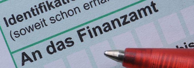Bald schon Post aus dem Ausland: Der Europäische Gerichtshof könnte den Steuerberatungsmarkt in Deutschland öffnen.