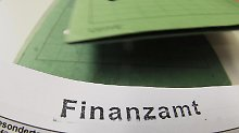 Ab dem 1. Oktober 2015 gelten beantragte und genehmigte Steuer-Freibeträge für zwei Jahre. Foto: Armin Weigel