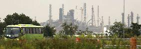 """Petrobras und der """"weiße Elefant"""": Brasiliens Wolfsburg ist eine Betonwüste"""