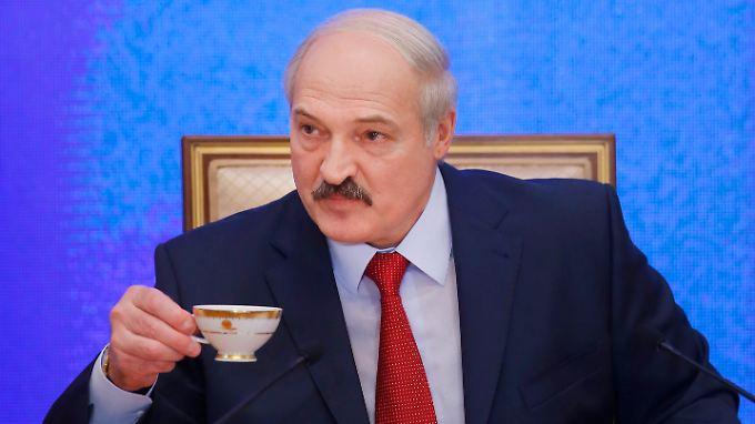 Das autoritäre Regime des  weißrussischen Präsidenten Alexander Lukaschenko will nun auch zwischen Russland und der Türkei vermitteln.
