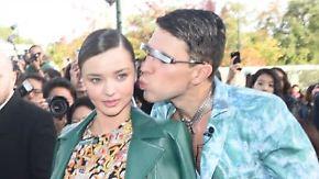 Miranda Kerr im Visier: Verrückter Stalker küsst Supermodel