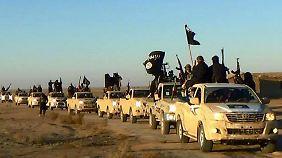 Der Islamische Staat rekrutiert zahlreiche Anhänger im Ausland. So auch in Deutschland.