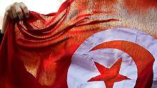 Der Preis werde für die Bemühungen um eine pluralistische Demokratie in dem nordafrikanischen Land im Zuge des Arabischen Frühlings vergeben, heißt es in der Begründung der norwegischen Jury.