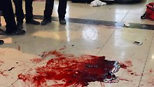 Immer mehr Tote nach Angriffen: Tausende Israelis bewaffnen sich