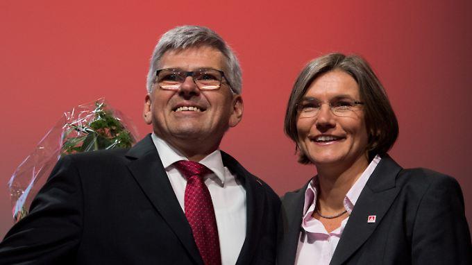 Zwei altgediente Gewerkschafter und doch eine kleine Revolution für die Metallgewerkschaft.