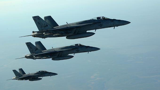 US-Kampfflugzeuge über dem Irak.