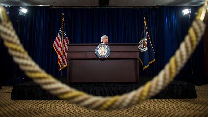 Fed-Chefin Janet Yellen will die Geldpolitik in den USA deutlich straffen will. Aber wann fängt sie damit an?