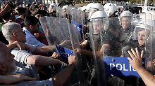 Angeblich in Moschee Bier getrunken: Gezi-Demonstranten zu Haftstrafen verurteilt