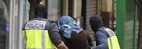 Dschihadisten-Zelle zerschlagen: Polizei nimmt mutmaßliche Terroristen fest