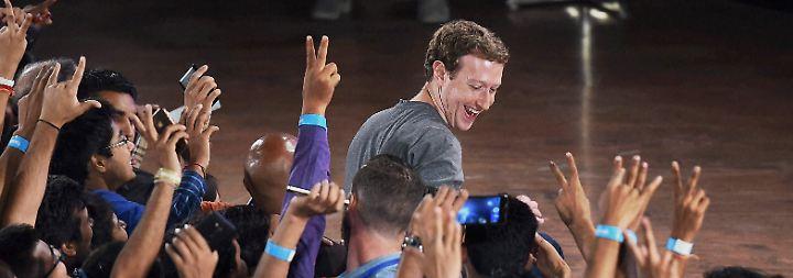 Zahlreiche Follower des Unternehmers gratulieren auf Facebook und wünschen der kleinen Max alles Liebe.