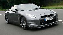 Der Nissan GT-R ist eine Seltenheit: Hier gibt es mehr als 300 km/h für unter 100.000 Euro.