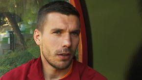 """Home is where the Dom is"": Lukas Podolski eröffnet eigenen Mode-Shop in Köln"