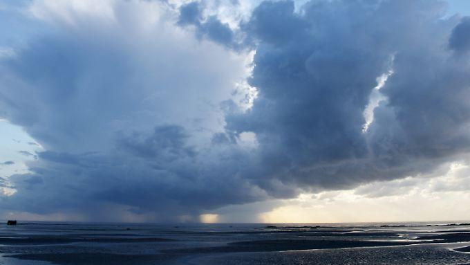 Der Mensch profitiert vom Meer und den Küsten in vielerlei Hinsicht - und schadet ihm dabei oft.