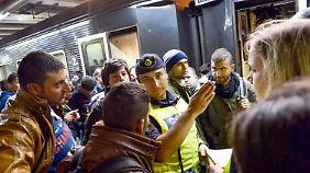180.000 Flüchtlinge erwartet: Schweden führt wieder Grenzkontrollen ein