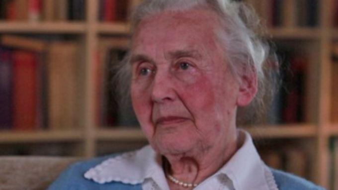 Ihre ständigen Holocaust-Verleugnungen bringen die 87-Jährige Ursula Haverbeck nun ins Gefängnis.