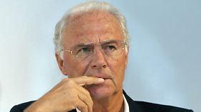 """""""Immer einfach unterschrieben"""": Beckenbauer will nichts von Bestechung wissen"""