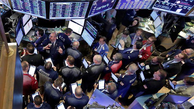 Gesprächsthema an der New Yorker Börse: Die größte Übernahme des Jahres.