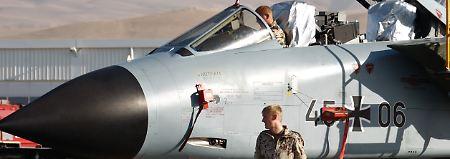 """Einsatzbeginn """"sehr rasch"""": Bundeswehr: 1200 Mann für Syrien-Einsatz"""