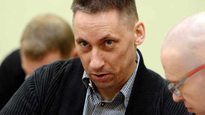 """Ralf Wohlleben ist im NSU-Prozess angeklagt: Offenbar will er sein Schweigen brechen, um """"Dinge klarzustellen""""."""
