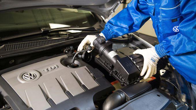 So sollen die veränderten Luftfilter aussehen, die VW bei einigen der manipulierten Wagen einbauen will. Bei vielen Autos soll ein Softwareupdate ausreichen.