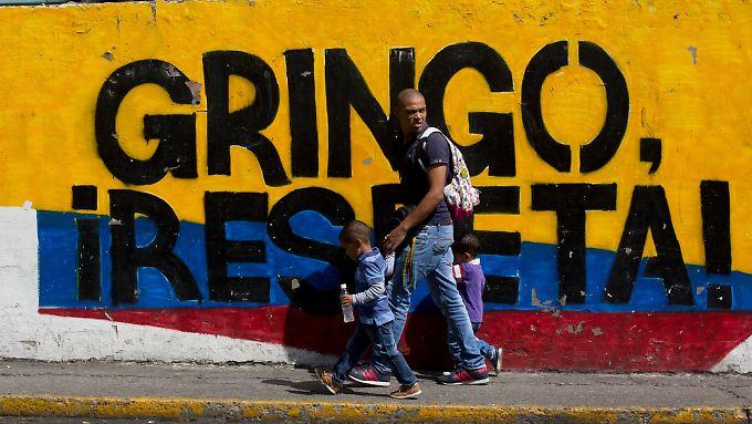 In Venezuela geht es bei den Parlamentswahlen um eine Richtungsentscheidung: Das Vermächtnis von Hugo Chávez steht auf dem Spiel.