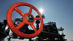 Gewinner Eurozone: Niedriger Ölpreis bremst Weltwirtschaft