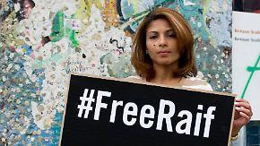 Verlegung in abgelegenes Gefängnis: Saudischer Blogger Badawi verweigert Nahrungsaufnahme