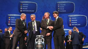 In Gruppe C mit der Ukraine, Nordirland und Polen ist die DFB-Elf von Joachim Löw klarer Favorit.