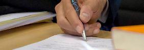 Unleserlich erlaubt: Eine Unterschrift muss lediglich charakteristische Züge haben, die eine Nachahmung erschweren.