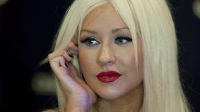 Promi-News des Tages: Betrunkene Christina Aguilera schafft es nicht auf die Bühne