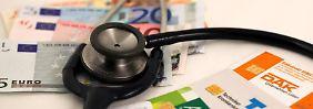 Seit Beginn dieses Jahres legen die gesetzlichen Krankenkassen im Land ihren Zusatzbeitrag selbst fest.