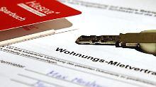Wer nach Beendigung des Mietverhältnisses die Mietkaution zurückfordern möchte, hat dafür in der Regel drei Jahre und sechs Monate Zeit.