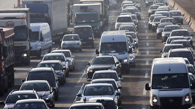 Der hohe Stickoxid-Ausstoß von Diesel-Motoren belastet die Luft vor allem in Großstädten.
