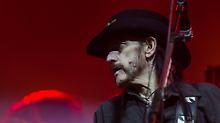 Ein Tag aus Lemmys 70 Jahren: Von Schlafmangel, Oralsex und Ohnmacht