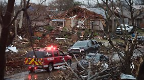Tod, Zerstörung, Verzweiflung: US-Wetterdienst warnt nach Tornado-Serie vor heftigem Wintereinbruch