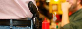 Gesetz erlaubt offenes Tragen: Texaner zeigen wieder Waffen
