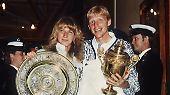 Gemeinsam mit Steffi Graf prägt Boris Becker in den 80er- und 90er-Jahren eine Tennis-Ära. Die beiden sorgen 1989 gar für einen deutschen Doppelerfolg in Wimbledon.