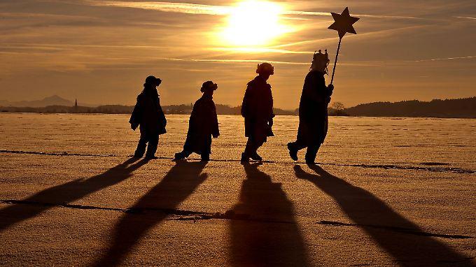 Die Geschichte lebt bis heute fort: Wo die Heiligen Drei Könige sind, kann der Stern nicht weit sein.