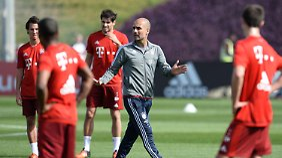 Titelhungrig im Trainingslager: Guardiola verpasst Bayern in Doha den letzten Schliff