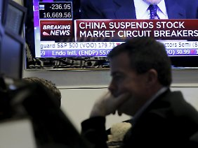 """Der """"Circuit Breaker"""" stoppt den Aktiencrash in China: Was wird er Freitagshandel bringen?"""