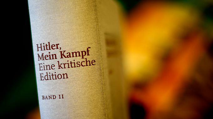 """Als Lektüre in Schulen angedacht: Hitlers """"Mein Kampf"""" steht ab wieder in den Buchläden"""