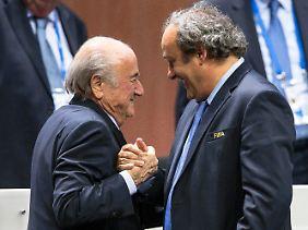 Blatter und Platini konnten im Weltfußball lange schamlos regieren - auch, weil ihnen Pieth als Reform-Feigenblatt diente.