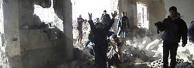 Fast 60 Tote in Syrien: Bericht: Russland bombardiert Gefängnis