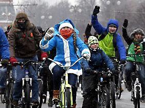 """Fröhlicher Fahrradspaß in der russischen Hauptstadt: """"Es geht ganz gut."""""""