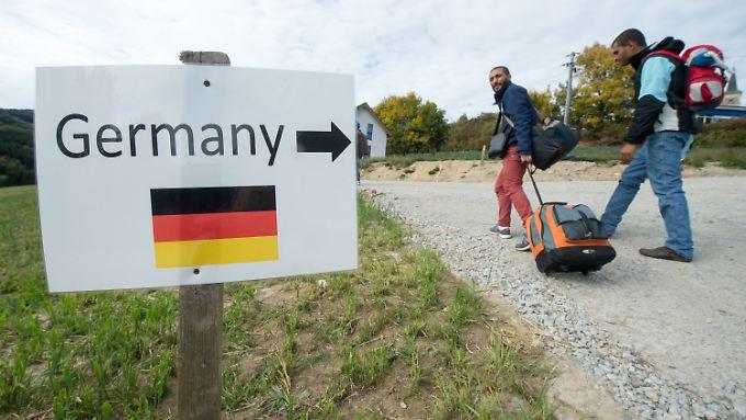 Syrische Flüchtlinge im österreichischen Julbach nahe der deutschen Grenze