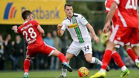 Granit Xhaka ist nach einer starken Hinrunde für Borussia Mönchengladbach sehr begehrt - in München und auch im Ausland.