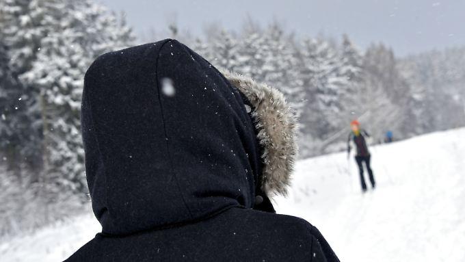 Nach Osten und Süden hin stärker bewölkt: Dauerfrost sorgt für Glättegefahr
