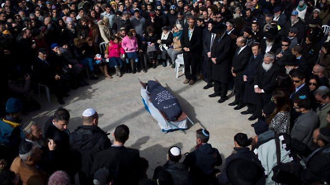 Bestattung von Dafna Meir in Jerusalem.